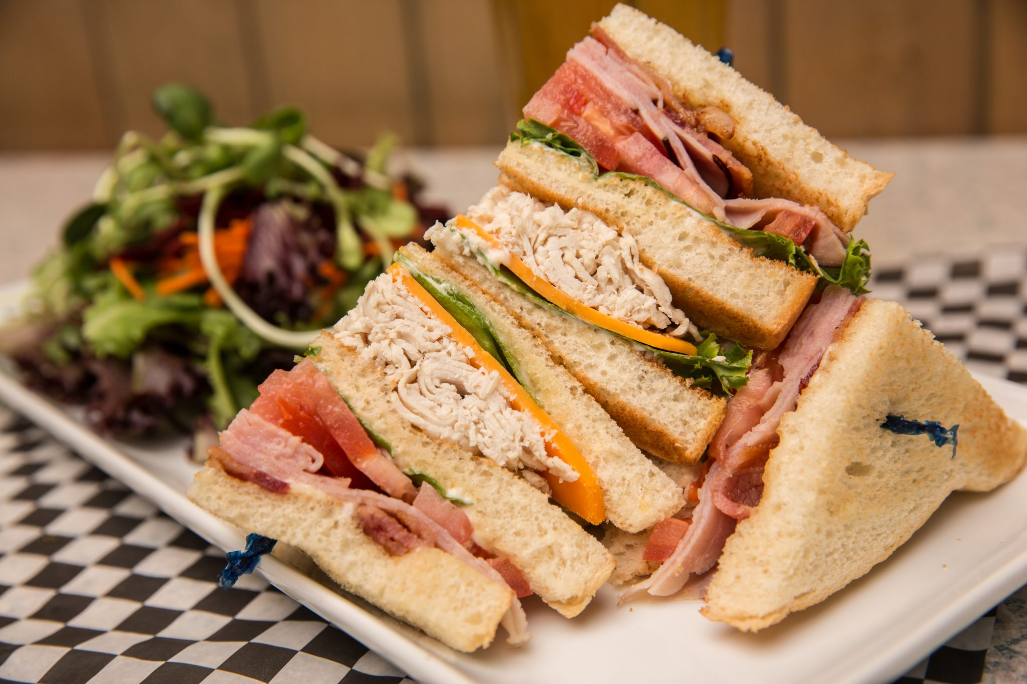 Traditional Club House - Flatbreads & Sandwiches | Brandt's Creek Pub Kelowna