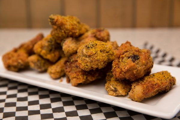 Chicken Wings - Kelowna Restaurant | Brandt's Creek Pub